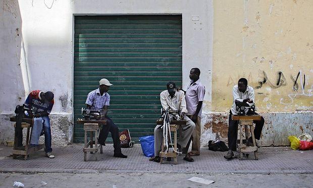 Archivbild: Nigerianische Gastarbeiter in Benghazi.
