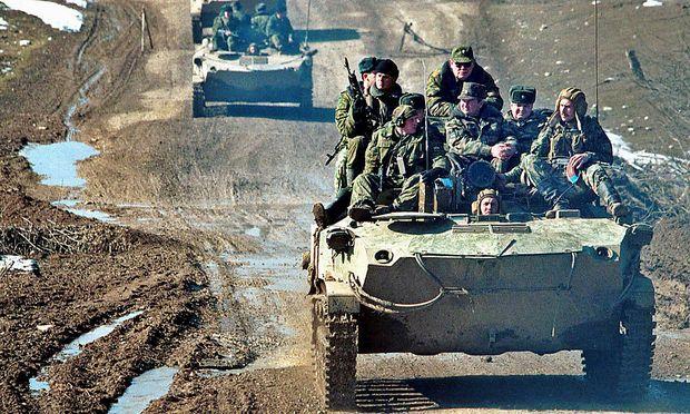 Russische Kolonne in Tschetschenien, anno 2000
