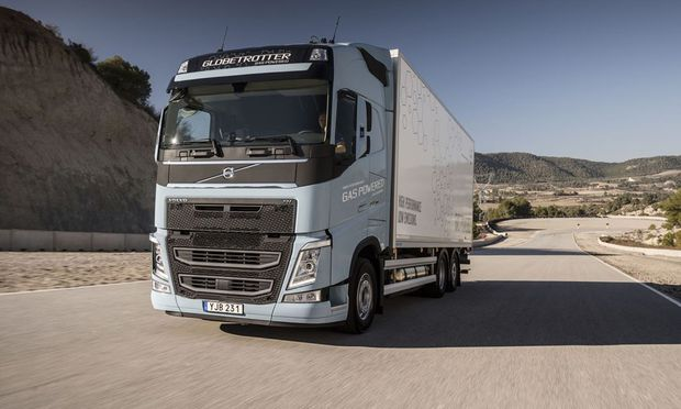 Im Testbetrieb mit LNG als Kraftstoff: Volvo FH für den Fernverkehr. / Bild: (C) Werk