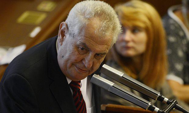 Präsident Miloš Zeman will sich mit einem neuerlichen Regierungsauftrag sehr viel Zeit lassen.