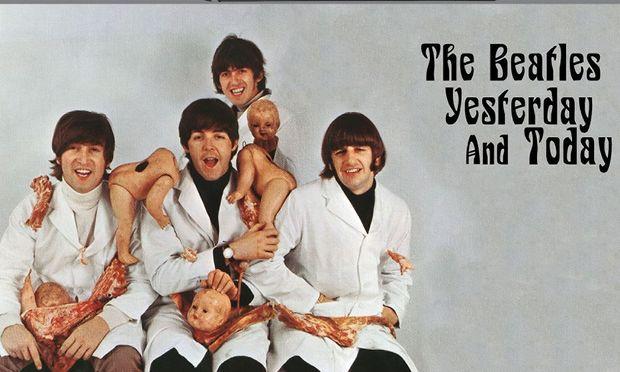 George Harrison fand das ursprüngliche Cover ekelhaft und dumm, aber John Lennon wollte es, um das brave Image der Band zu brechen.