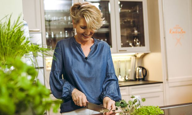 """""""Es geht ums Kochen und ums Reden"""", sagt Martina Hohenlohe über ihre Videos. """"Und es sind immer nachkochbare Rezepte."""""""