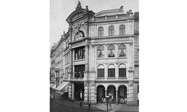 Das erste Haas-Haus, erbaut 1886.