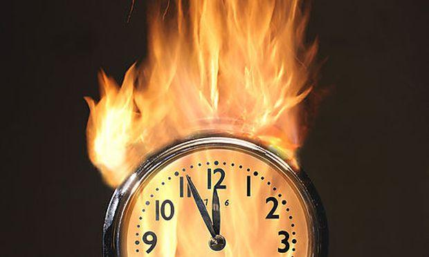 Brennende Uhr, Bilderbox