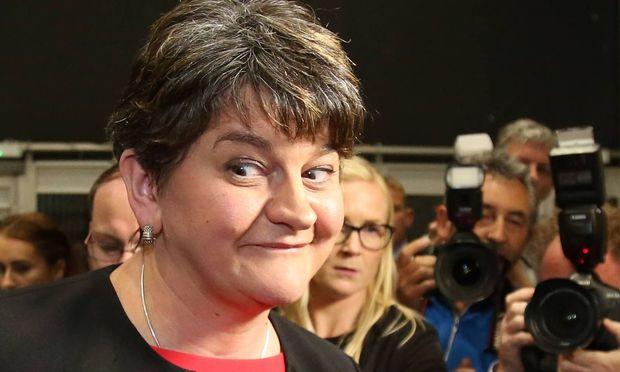 Nordirische Partei signalisiert May Unterstützung