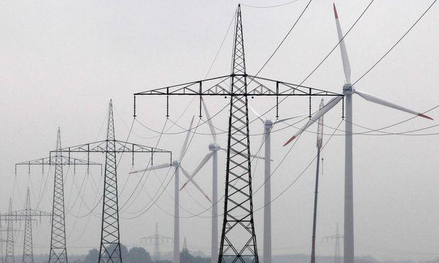 """""""Ohne intelligente Stromnetze wäre die Energiewende nicht möglich"""", sagt Informatiker Dominik Engel."""