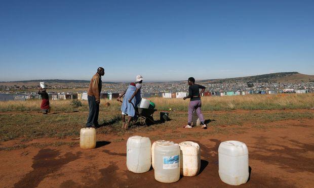 Rund 2,2 Milliarden Menschen haben laut einem UN-Bericht kein sicheres Trinkwasser zur Verfügung