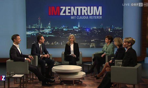 "Screenshot der ""Im Zentrum""-Sendung, v. l.: Gernot Blümel, Heinz-Christian Strache, Claudia Reiterer, Pamela Rendi-Wagner, Beate Meinl-Reisinger und Maria Stern"