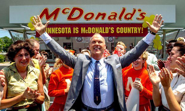 Ray Kroc (Michael Keaton) machte aus einem kleinen Restaurant ein Fast-Food-Imperium.