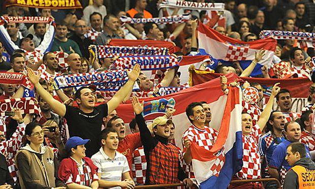 Themenbild: Kroatische Fans bei der Handball-EM