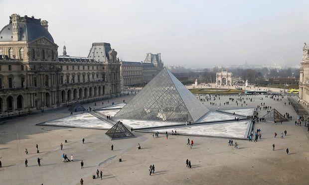 Mit der Glaspyramide wollten sich nicht alle sofort anfreunden.