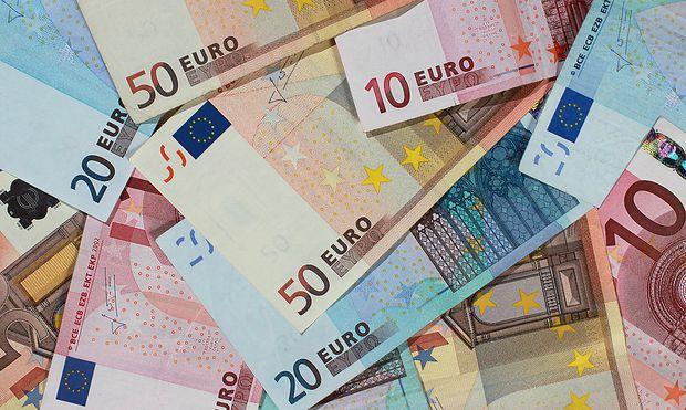 Bargeldreserven ins Schließfach oder unter dei Matratze