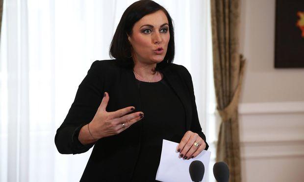 Ministerin Köstinger Kehrt Diese Woche Aus Babypause Zurück