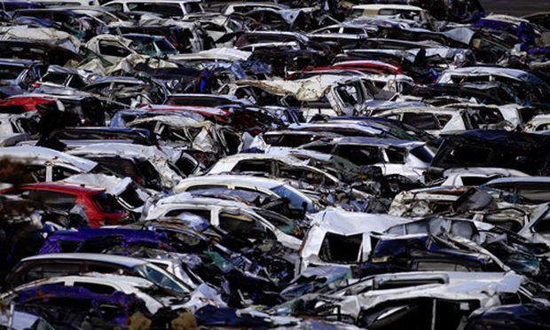 Japans Autoproduktion halbiert