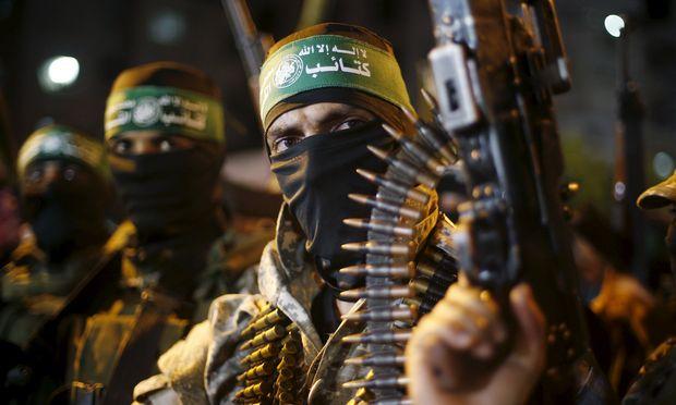 Kämpfer der radikal-islamistischen Hamas markierten neulich den ersten Jahrestag der letzten Kriegsrunde mit Israel.