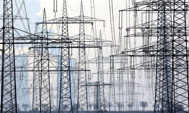 Hacker bereiten sich auf Angriff der Stromnetze vor.