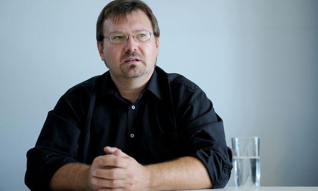 Seine blutigen Gruselgeschichten bescherten Andreas Gruber hunderttausende Leser – bis jetzt vor allem in Deutschland.