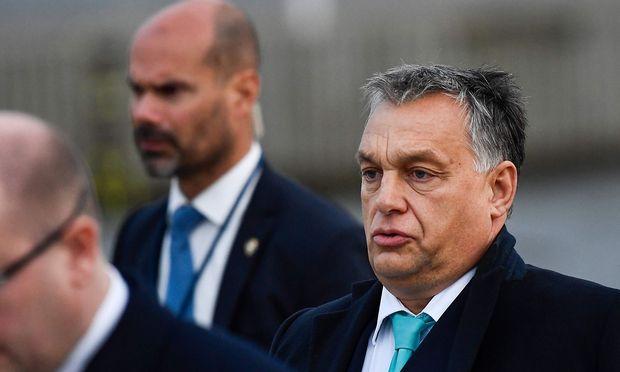 EU-Kommission verklagt Ungarn, Polen und Tschechien