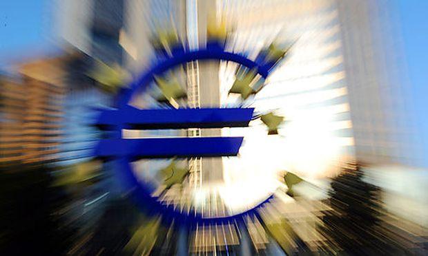 Die Europaeische Zentralbank vergibt langfristig billiges Geld