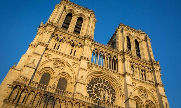 Die Kathedrale Notre Dame hat eine bewegte Geschichte.