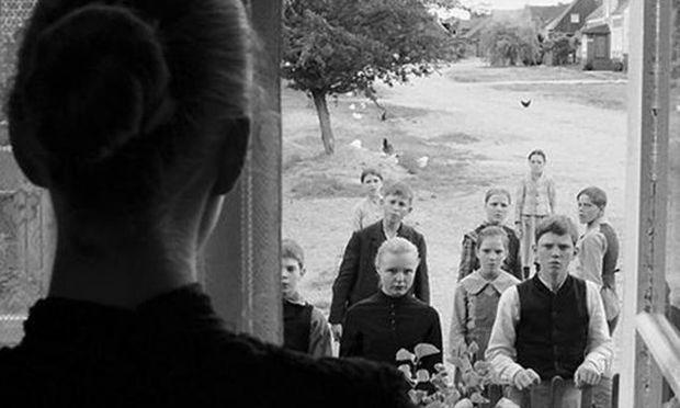 """Hanekes Schwarz-Weiß-Film """"Das weiße Band"""" war auch global erfolgreich."""