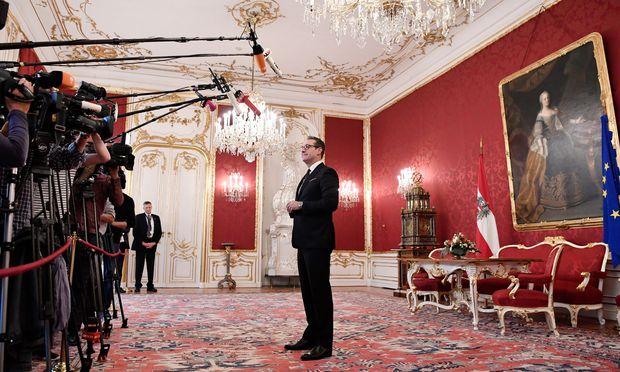 Würde in der Hofburg gerne als Regierungsmitglied angelobt werden: FPÖ-Chef Heinz-Christian Strache.