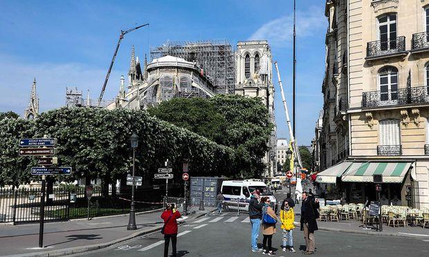 FRANCE-NOTREDAME-CONSTRUCTION-FEATURE