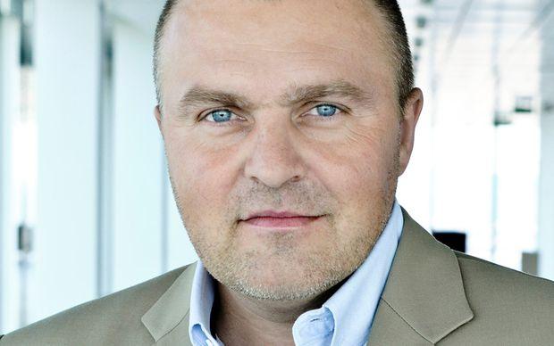 Arnold Schiefer