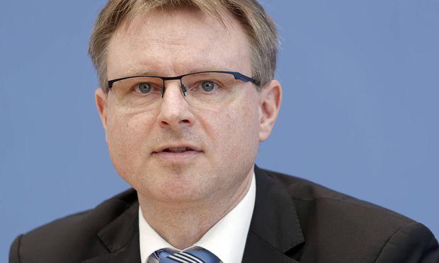 Stefan Kooths.