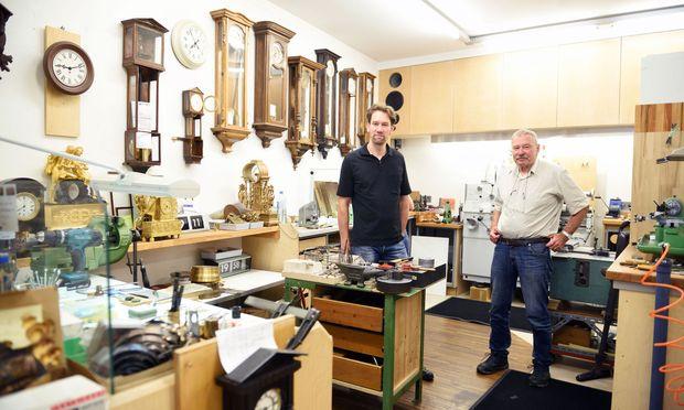 Arno (l.) und Robert Kalivoda teilen Arbeit und Hobby.