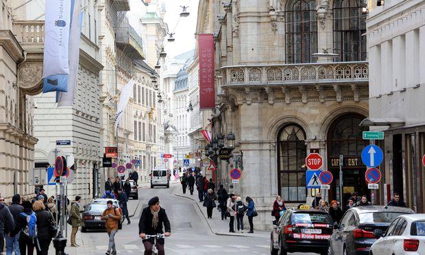Die Initiative Herrengasse + will den Verkehr ebendort beruhigen. In den Palais soll wieder gewohnt, statt gearbeitet werden.