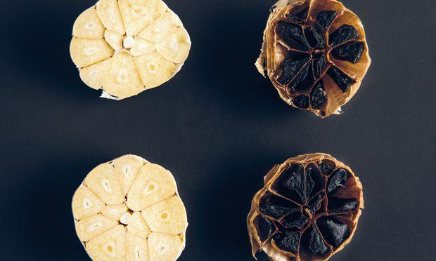 Süß-scharf. Schwarzer Knoblauch braucht konstante Wärmezufuhr