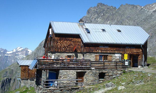 Zu den größeren Mitgliedervereinen zählt der Alpenverein.