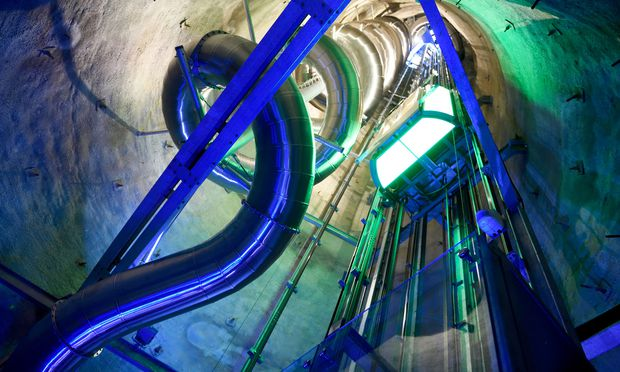Mit dem Lift geht es hinauf, per Rutsche wieder hinunter – nicht umgekehrt. / Bild: (c) Die Presse (Clemens Fabry)