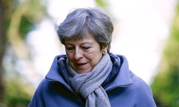 Nach Putschgerüchten: Krisentreffen zwischen May und Brexitbefürwortern auf ihrem Landsitz