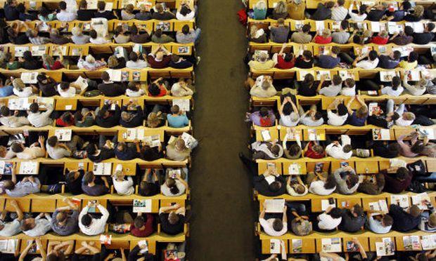 Studie Arbeitsmarkt braucht weniger