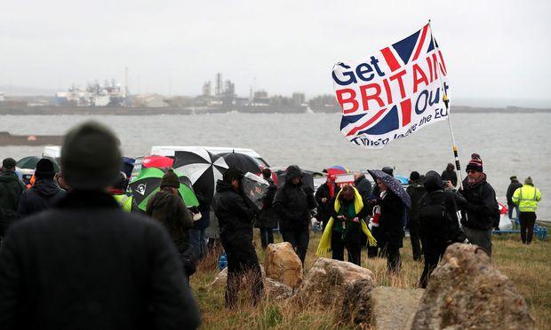 Seit Monaten steht Europa im Bann des grotesken Brexit-Theaters.