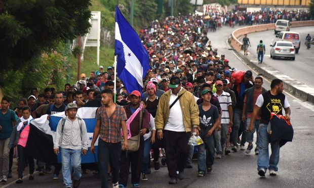 Massenflucht aus Mittelamerika:Trump droht, Grenze zu Mexiko zu schließen