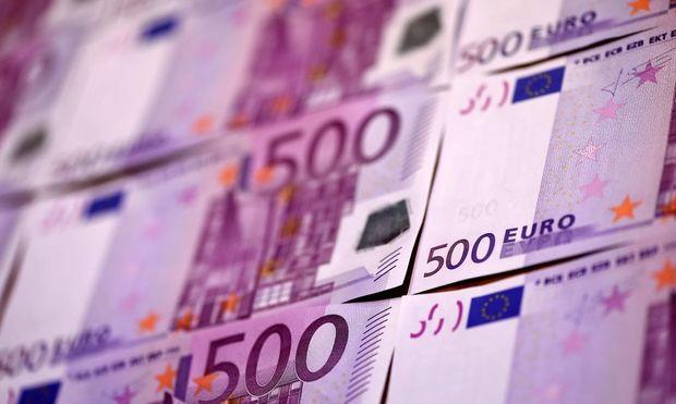 FILES-CORRUPTION-CRIME-EURO