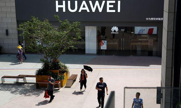 US-maßnahmen gegen Huawei treten in Kraft.