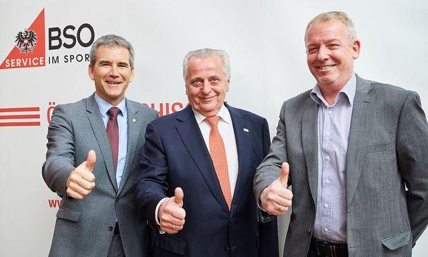 BSO-Präsident Rudolf Hundstorfer (Mitte) und BSO-Vizepräsidenten Hartwig Löger und Michael Eschlböck (r.)