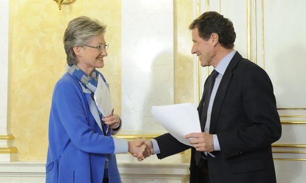 Claudia Schmied (SPÖ), Karlheinz Töchterle (ÖVP)