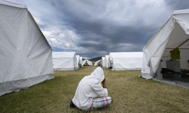 Es geht um die sogenannten Remunerantentätigkeiten, eine der wenigen Aufgaben, die Asylwerber übernehmen dürfen.
