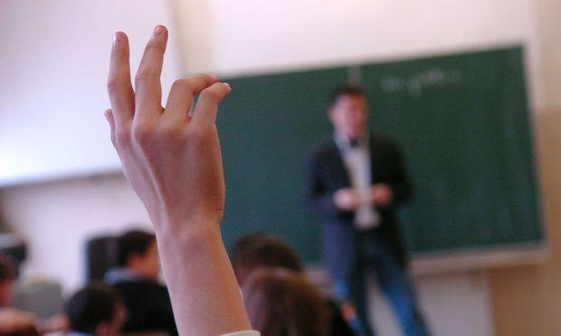 Lehrer: Kleidung als versteckte Botschaft an die Schüler « DiePresse.com