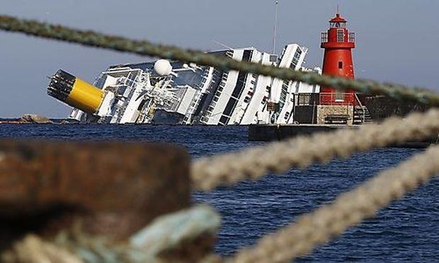 Die Costa Concordia vor Giglio