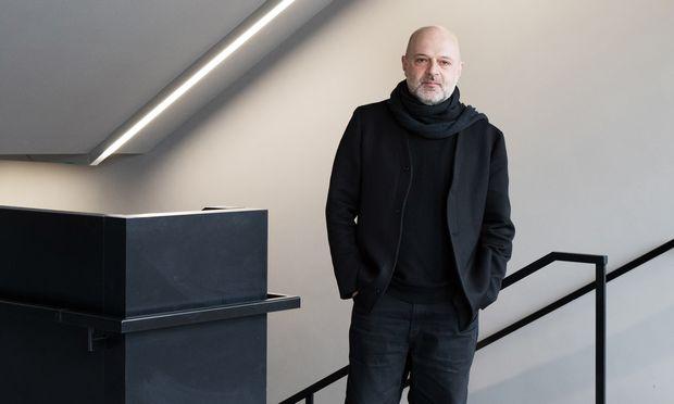 Kreativer Geist. Hussein Chalayan wurde im London der Neunziger zum Stardesigner.
