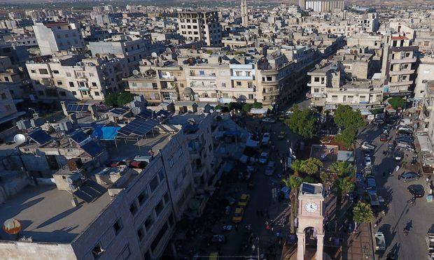 Türkei kann Angriff auf Rebellenhochburg Idlib nicht stoppen [1:10]