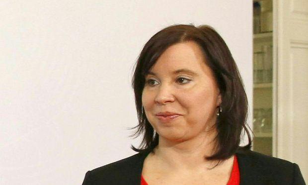 Archivbild: Landessprecherin Marion Mitsche bei einer Pressekonferenz im vergangenen Frühjahr