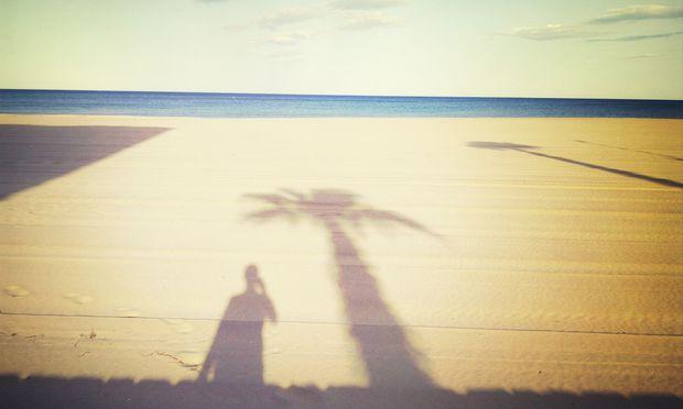 Sonne, Sand und Mord: Alle lieben Krimis an Traumdestinationen, von den Verlagen bis hin zu den Tourismusbehörden und den TV-Sendern.