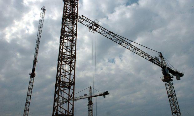 Bei öffentlichen Bauaufträgen gilt seit Jahresbeginn ein höherer Schwellenwert für die EU-weite Ausschreibung.